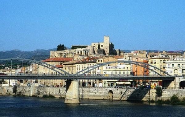 Tortosa und der Fluss Ebro